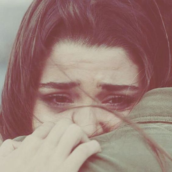 صورة صور بنات حزينه تبكي , صور معبرة عن الم المراة