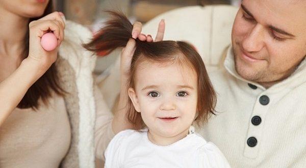 صورة ترطيب شعر الاطفال , طرق سحرية للتعامل مع شعر طفلك