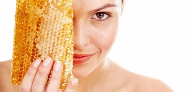 صورة وضع العسل في العين , اقوى علاج طبيعى