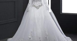 تفسير رؤيا الفستان الابيض للمتزوجه , حلمت اني لبسه فستان ابيض