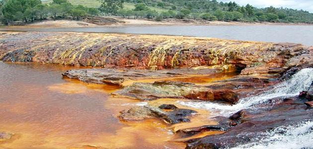 صور اسباب تلوث المياه , العوامل الاساسيه لملوثات الماء