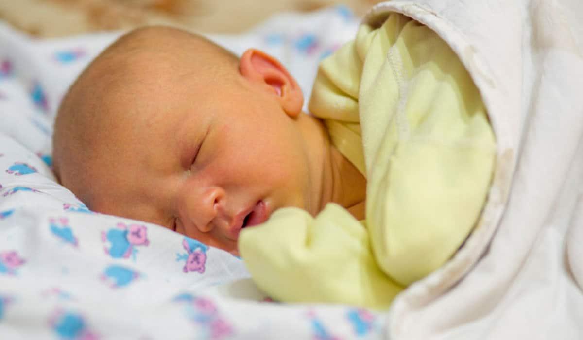 صورة علاج الصفار عند حديثي الولادة , مرض الصفار عند الاطفال