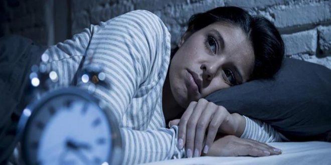 صورة هل الارق من علامات الحمل , قلة النوم وعلاقتها بالحمل