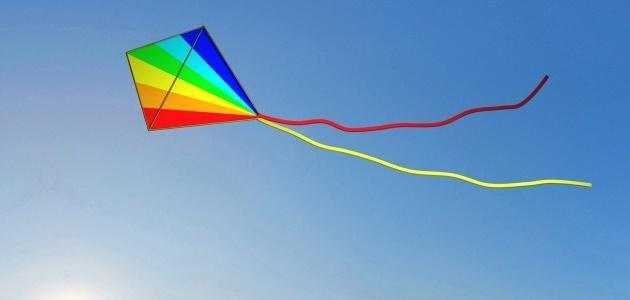 صورة كيفية صناعة طائرة ورقية , اصنعي لعبة اطفالك المفضلة في المنزل