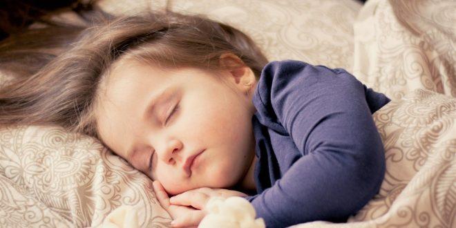 صورة تفسير حلم البنت الصغيرة في المنام , ماذا يحدث لكي لو رايتي بنت